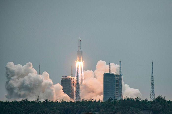 Restos de nave espacial China caerán en sud américa y posiblemente en el Ecuador.