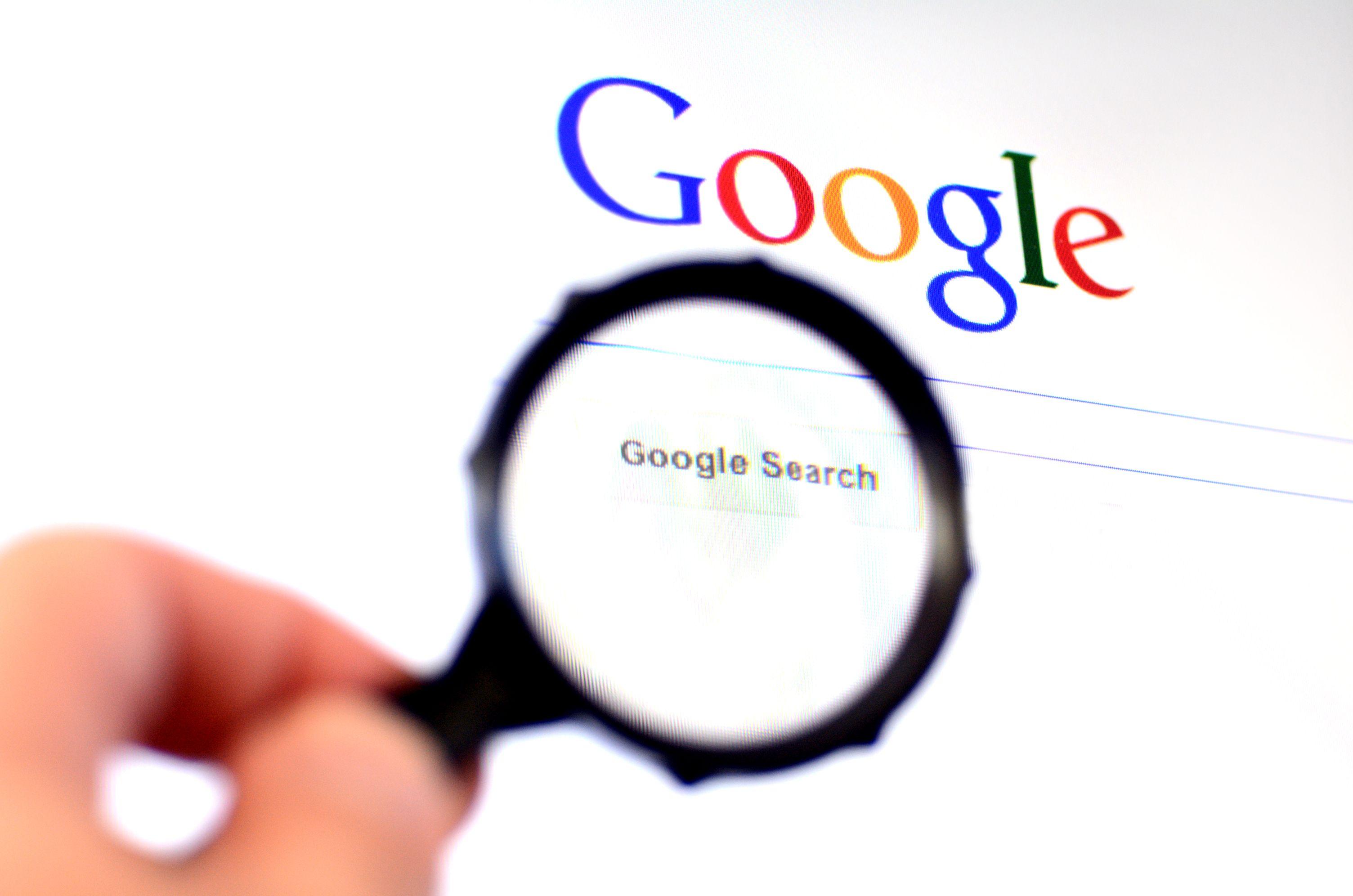 Noticia de última hora: se prohíbe el uso de google