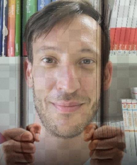Breaking News: Lehrer wegen Fakenews zu lebenslager Haft verurteilt.