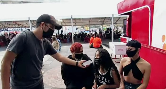 Los maquillistas que conmovieron a todo público en la feria de verano de León Guanajuato, México.