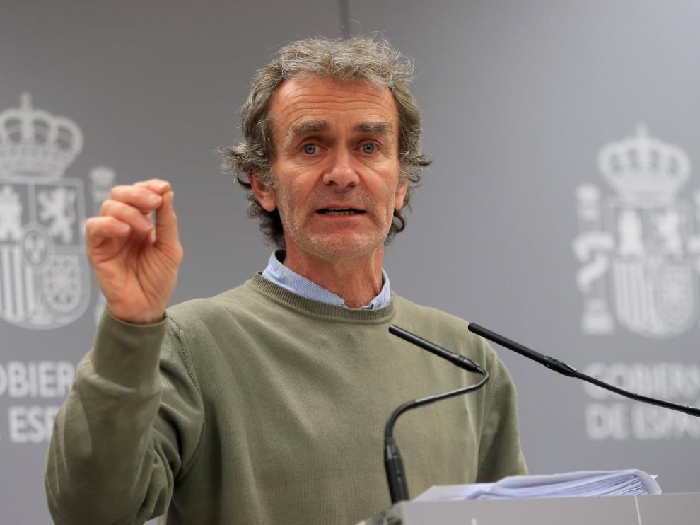 Fernando Simon aclara que el virus no se contagia en los campings
