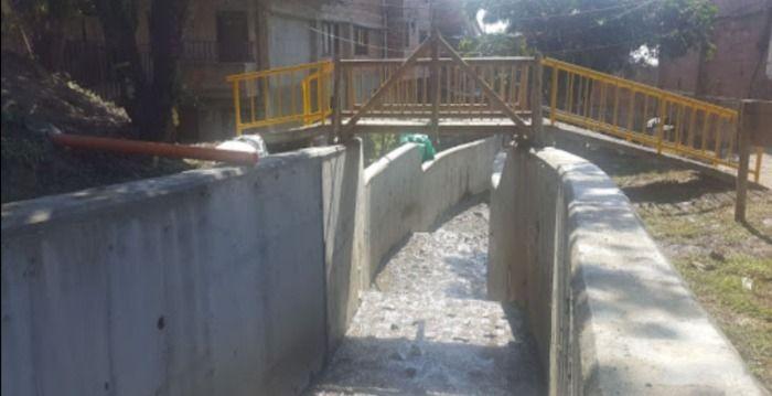 Obras en la quebrada Talauta: Sasaima Cundinamarca